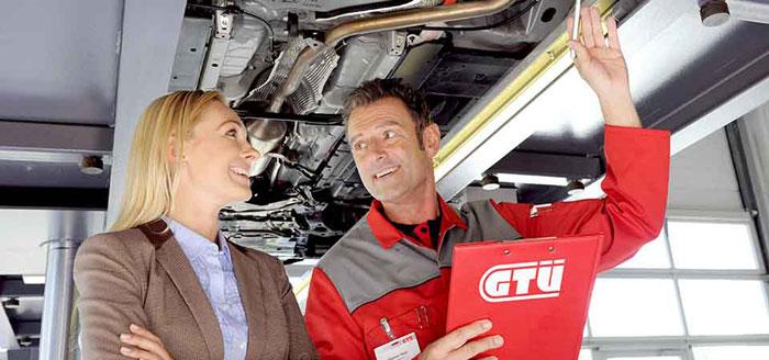 """Das GTÜ-Motto: """"Mehr Service für Sicherheit""""."""